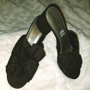 Slip on heels 9W plus kitten sandals